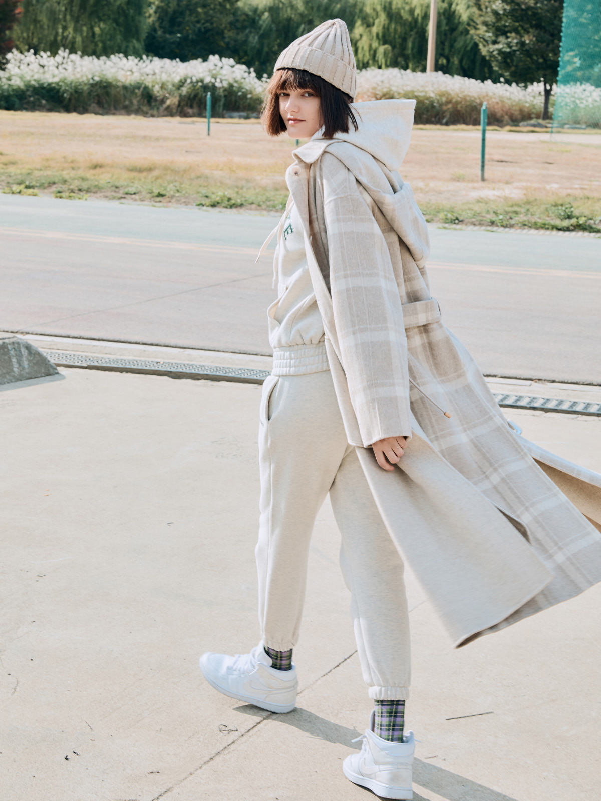 Hoodie Long Check Coat Beige