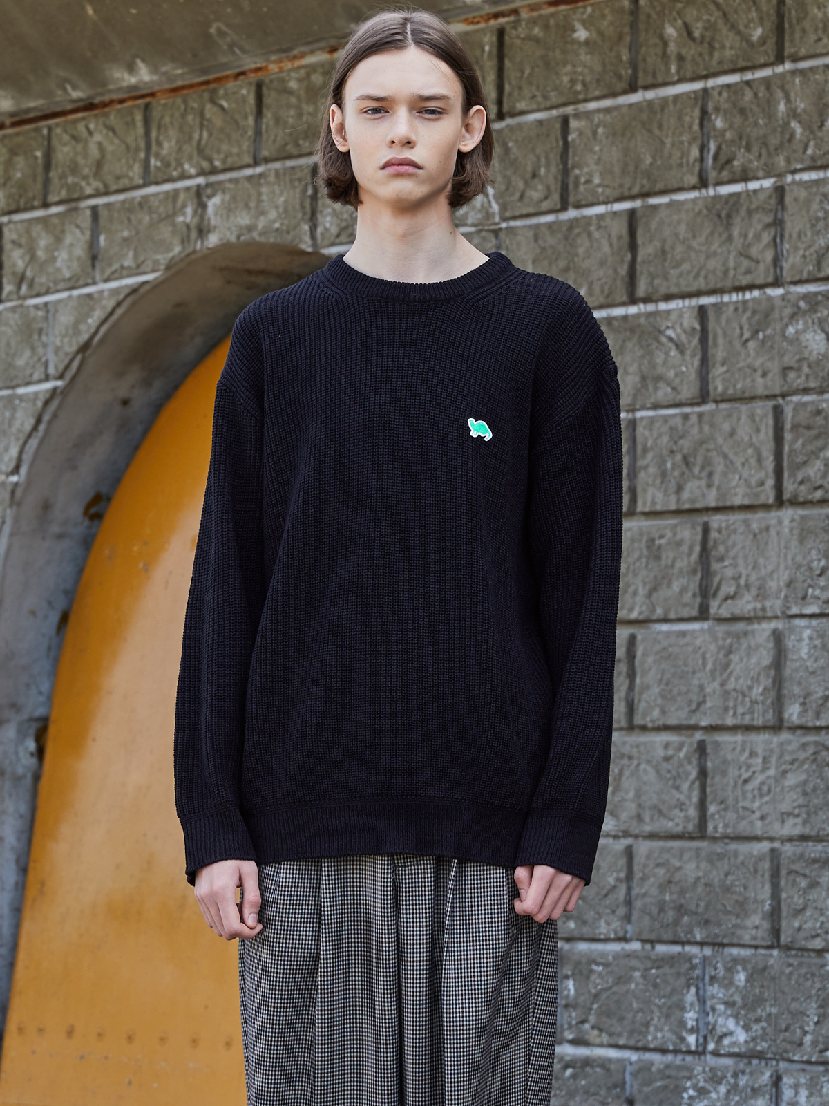 Crew Neckline Sweater black